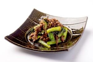 牛肉と小松菜の炒め物の写真