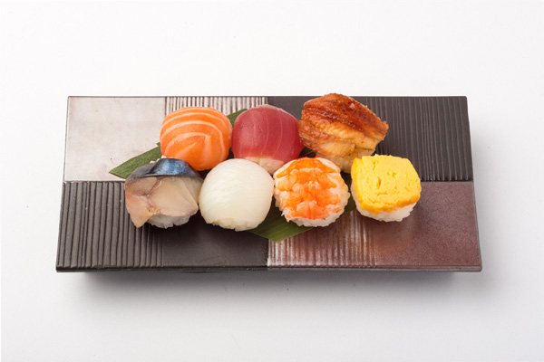 彩り手まり寿司の写真