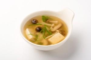 豆腐ときのこのとろみスープの写真